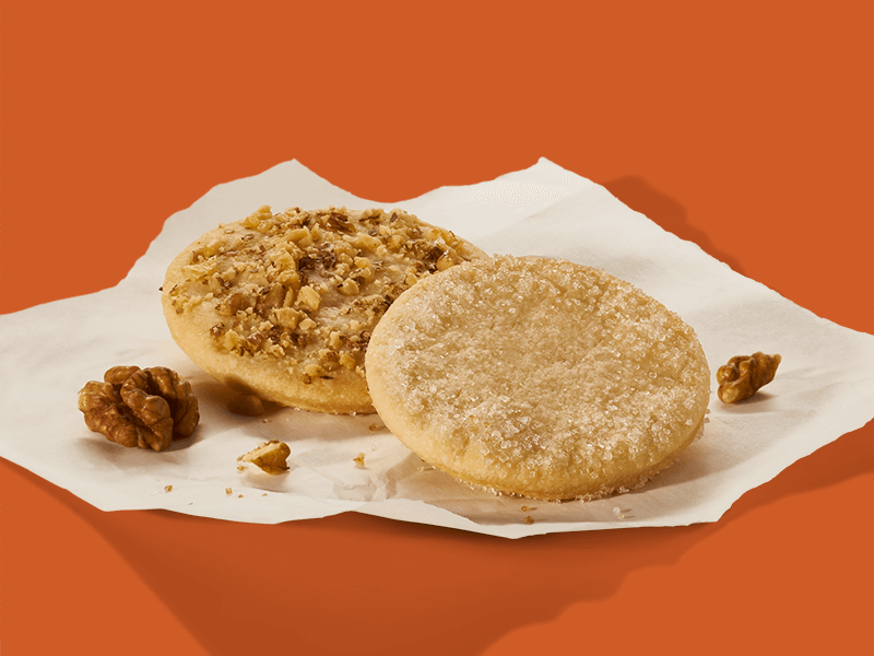 Biscuiți dulci cu zahăr și nucă